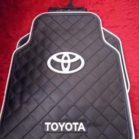 branded-heavy-duty-full-rubber-car-floor-mats-5pcs-set-big-1