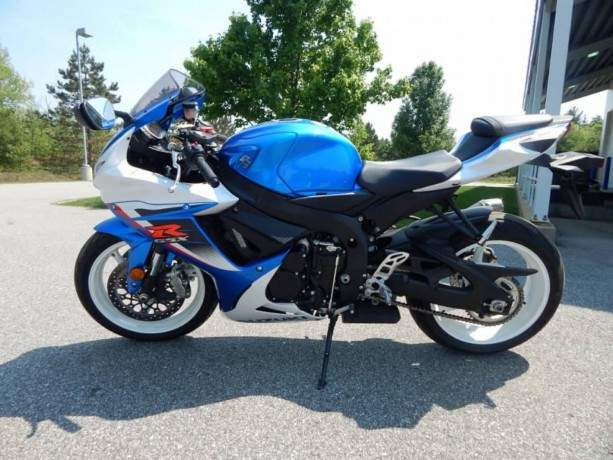 2016-suzuki-gsx-r600-available-for-sellwhatsapp-number-big-1