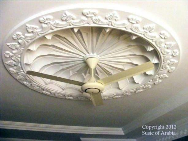 ceiling-cornices-ceiling-medallion-floor-skirting-big-3