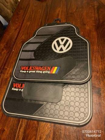 vw-branded-heavy-duty-full-rubber-car-floor-mats-5pcs-set-big-1